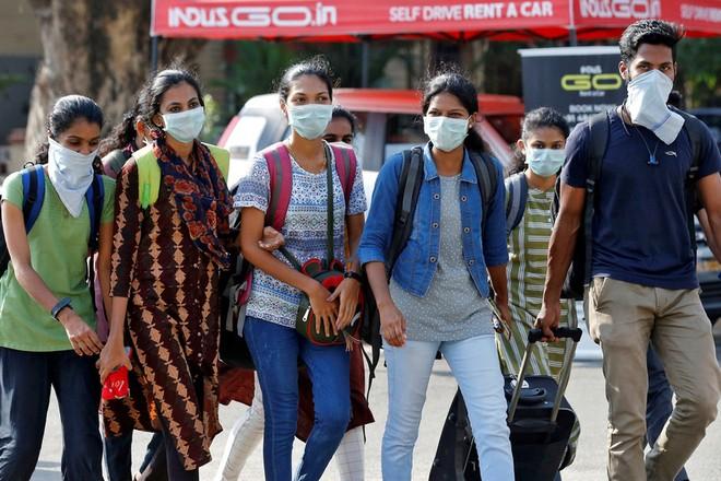 Năm người trốn khỏi khu cách ly Covid-19, cảnh sát Ấn Độ ráo riết truy tìm