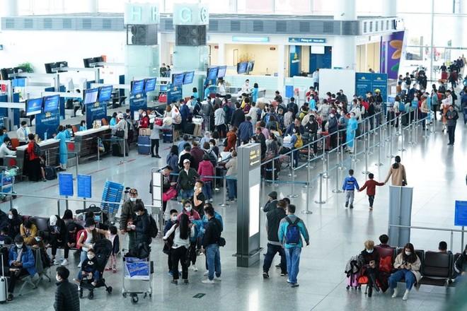 [Audio 13-4-2020]: 1.000 công dân, sinh viên Việt Nam tại Mỹ đăng ký máy bay về nước