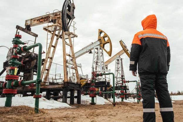 Thị trường dầu mỏ chứng kiến điều chưa từng có trong lịch sử