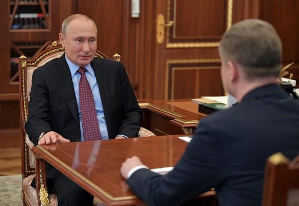 Tổng thống Nga V.Putin trở lại làm việc ở điện Kremlin ngày 25-5