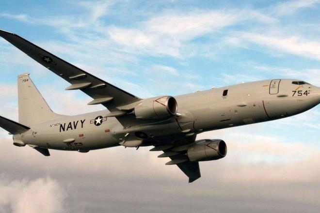 """""""Thần biển"""" Poseidon P-8A Mỹ áp sát căn cứ Nga ở Syria"""