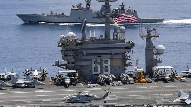 Nhóm tác chiến tàu sân bay Mỹ USS Nimitz tập trận cùng Hải quân Ấn Độ hôm 20-7