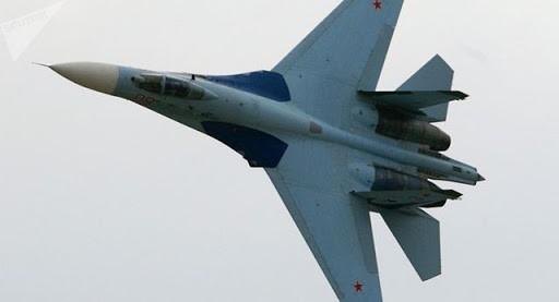 Máy bay tiêm kích Su-27 của Nga