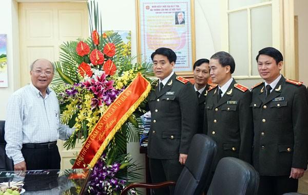 Chúc mừng các y, bác sỹ nhân kỷ niệm 60 năm ngày Thầy thuốc Việt Nam ảnh 1