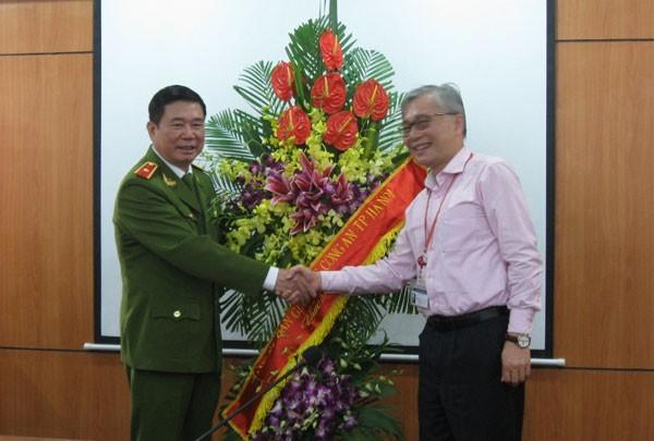 Chúc mừng các y, bác sỹ nhân kỷ niệm 60 năm ngày Thầy thuốc Việt Nam ảnh 3