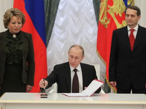 Tổng thống Nga V.Putin tiết lộ chỉ thị mật về sáp nhập Crimea ảnh 1