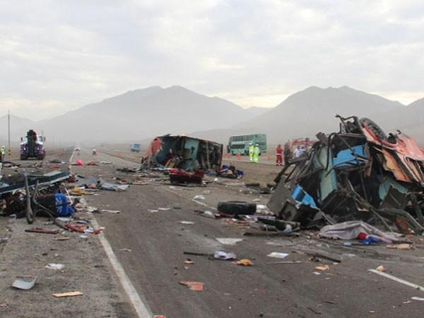 Peru: Tai nạn liên hoàn, 37 người thiệt mạng ảnh 1