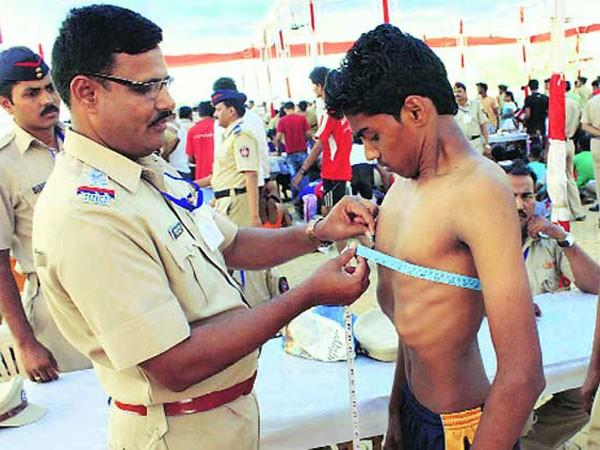 Ấn Độ bắt hơn 1.000 người giả hồ sơ thi vào ngành cảnh sát ảnh 1
