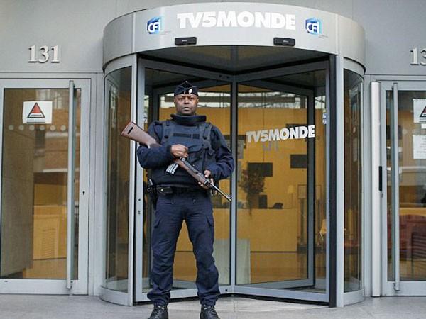 Đài truyền hình TV5Monde bị tin tặc IS tấn công ảnh 1