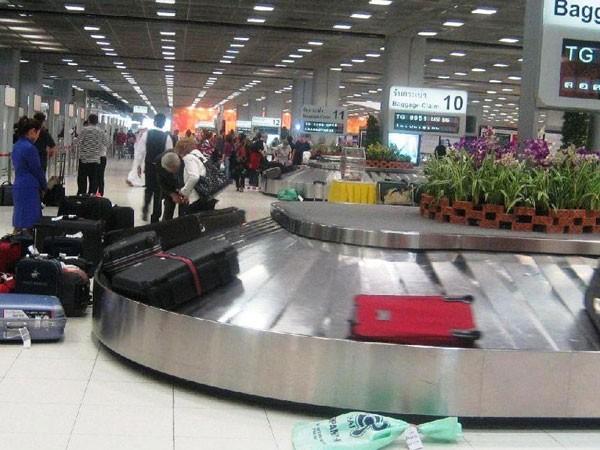 Nhiều hành khách đi máy bay mất cắp hành lý, thủ phạm vẫn biệt tăm ảnh 1