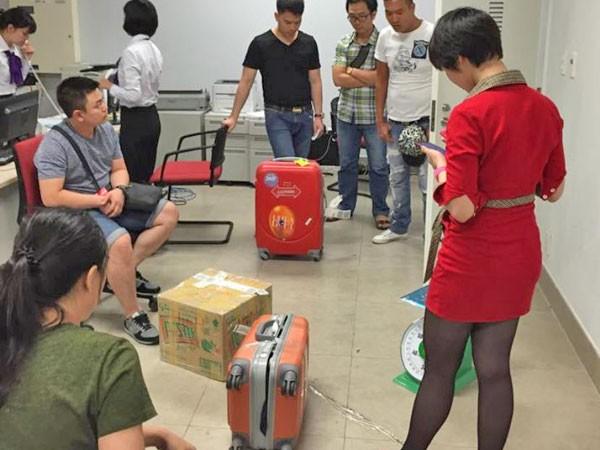 Nhiều hành khách đi máy bay mất cắp hành lý, thủ phạm vẫn biệt tăm ảnh 2