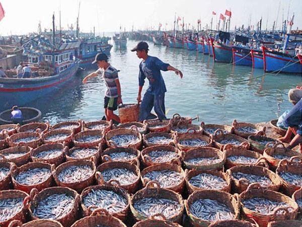 Tăng tiềm lực kinh tế để bảo vệ Biển Đông ảnh 1