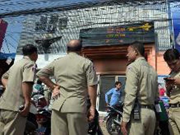 Cháy hộp đêm ở Phnom Penh, 5 người chết ảnh 1
