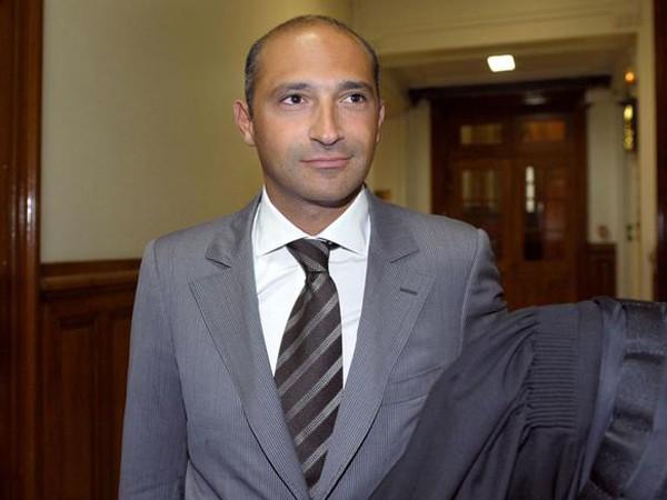 Mỹ phát lệnh bắt giữ con trai Ngoại trưởng Pháp ảnh 1