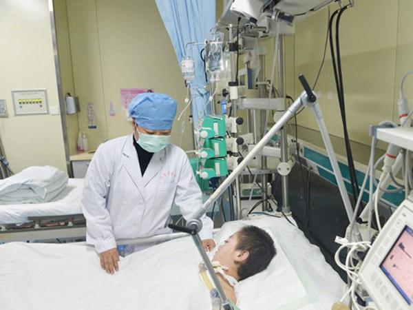 Trung Quốc: Bé gái 11 tuổi hiến tạng cứu 6 người ảnh 1