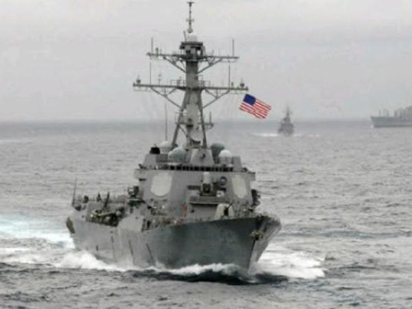 Nhật Bản ủng hộ Mỹ điều tàu tuần tra Biển Đông ảnh 1