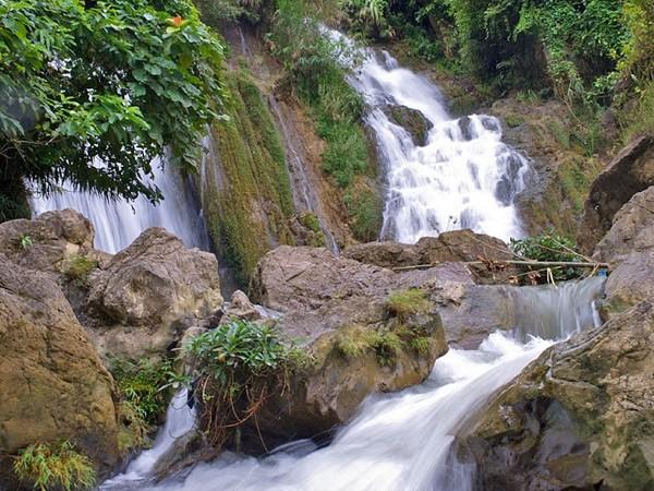 Lang thang Gò Lào, Suối Lốm ảnh 1