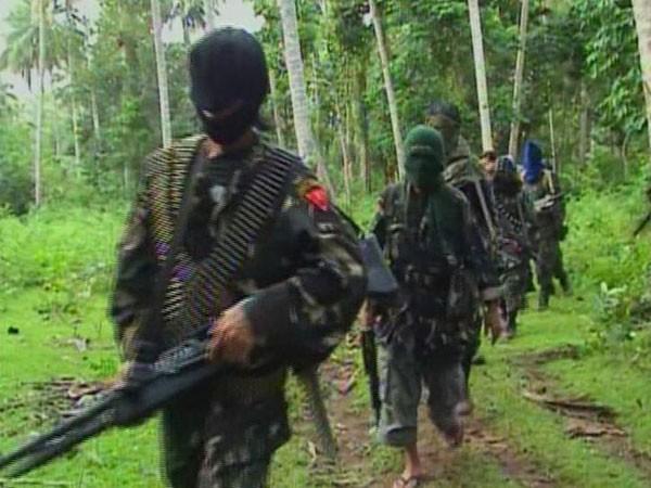 """Băng nhóm tội phạm Abu Sayyaf """"dựa hơi"""" IS để hoạt động"""