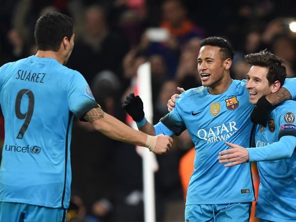 Barcelona gần như bảo đảm tấm vé vào tứ kết cùng với Real Madrid