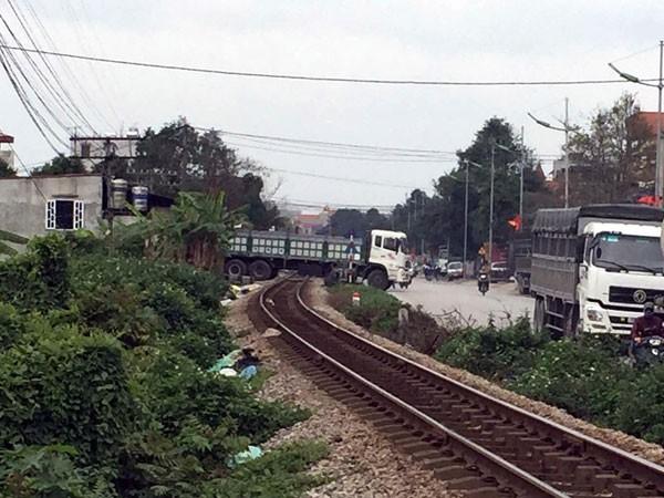 Xây dựng rào chắn đường sắt không thể chậm hơn! ảnh 1
