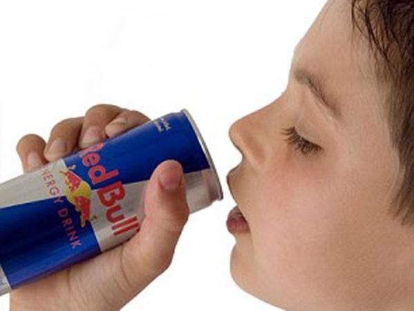 Nước uống tăng lực gây hại tim ảnh 1