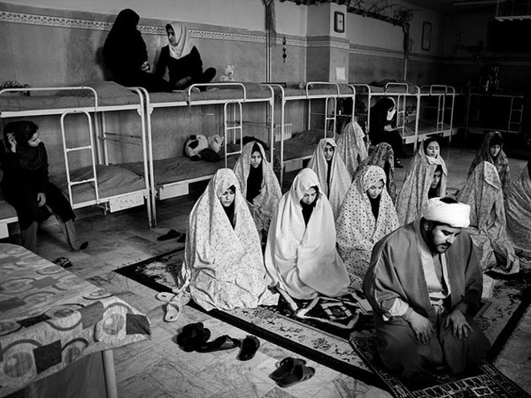 """""""Chờ án tử"""" tại nhà tù nữ ở Iran ảnh 3"""