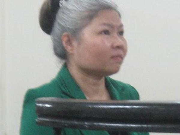 Nguyễn Phương Mai tại phiên tòa bị hoãn