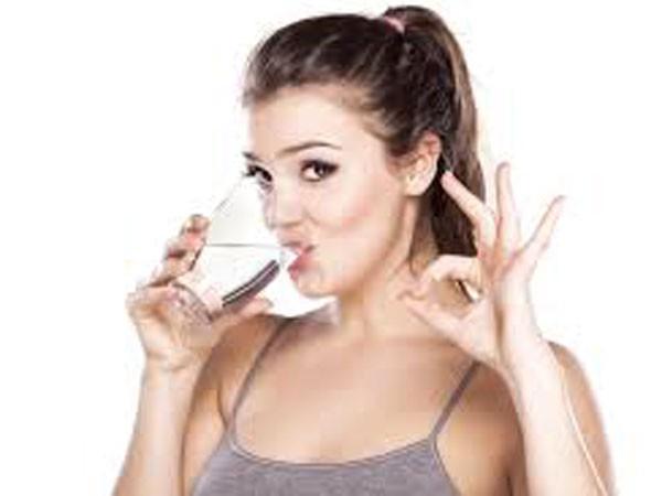 Uống bao nhiêu nước để giảm cân? ảnh 1