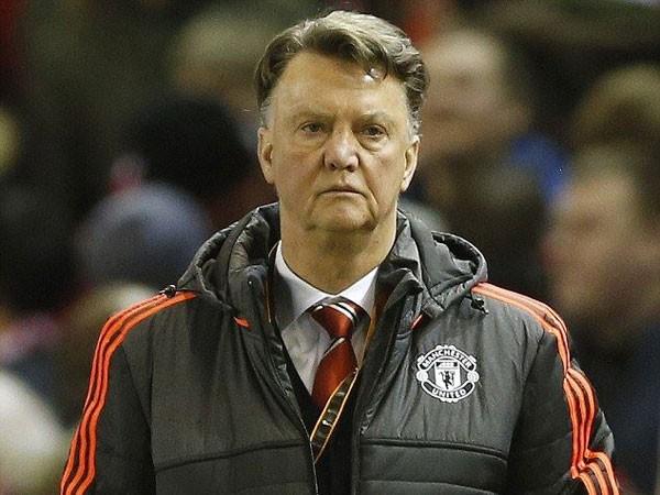 Van Gaal gần như hết cơ hội ở lại M.U