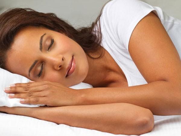 Phụ nữ cần ngủ nhiều hơn nam giới ảnh 1