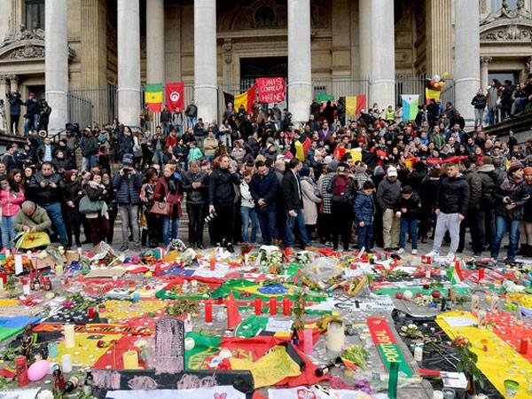 Bắt 7 nghi can vụ đánh bom khủng bố Brussels ảnh 1
