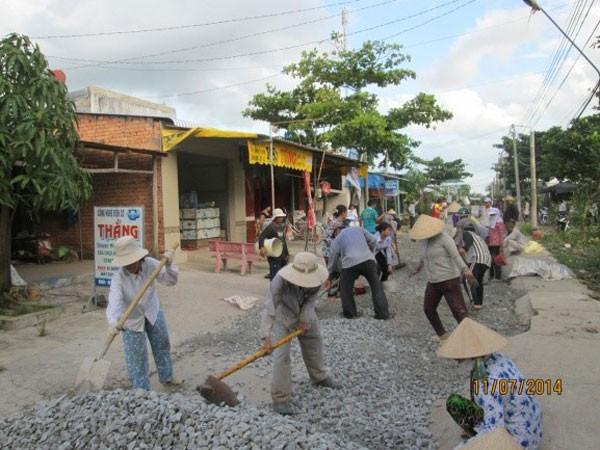 20 năm xây nhà, xây cầu cho người nghèo ảnh 3