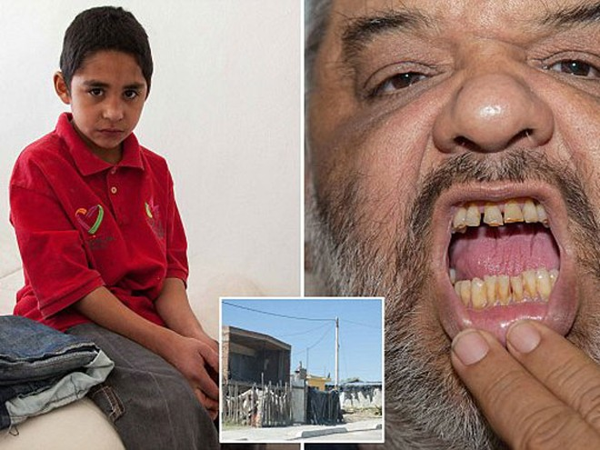"""Durango (Mexico): 7 tuổi đã nghiện """"đập đá"""" ảnh 1"""