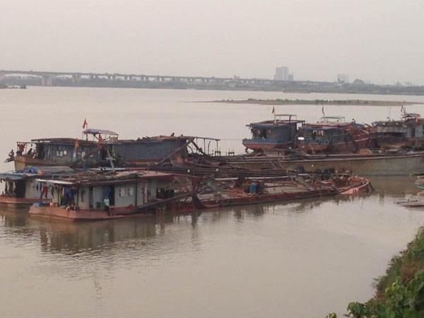 """Nhận diện """"cát tặc"""" trên các tuyến sông ở Hà Nội: Đại công trường tận thu ảnh 1"""