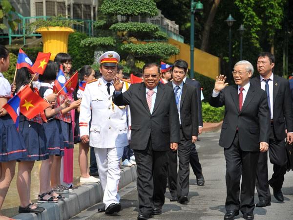 Không ngừng vun đắp, củng cố tình hữu nghị Việt Nam - Lào ảnh 1