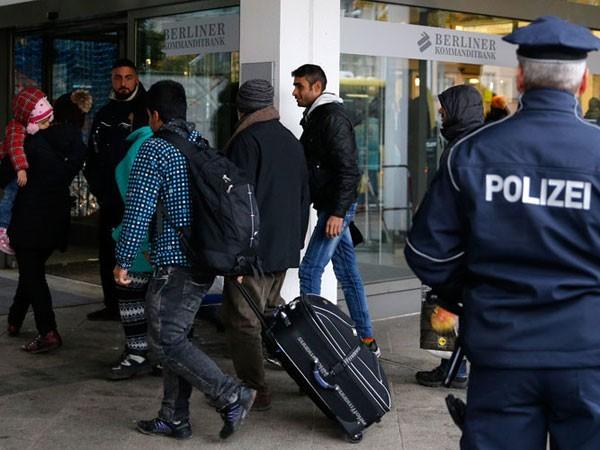 Cảnh sát Đức đang điều tra các cáo buộc tấn công tình dục phụ nữ ở lễ hội