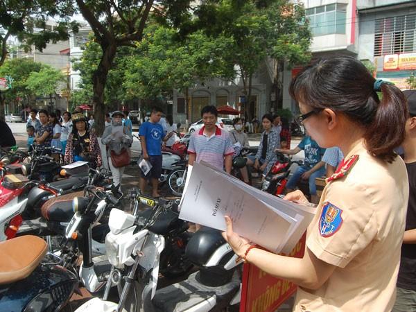 Phạt nghiêm xe máy điện, mô tô điện không đăng ký khi tham gia giao thông ảnh 1