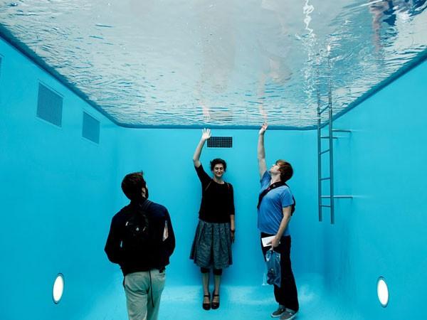 """Mô hình """"bể bơi ảo giác"""" từng """"gây bão"""" tại Nhật Bản"""