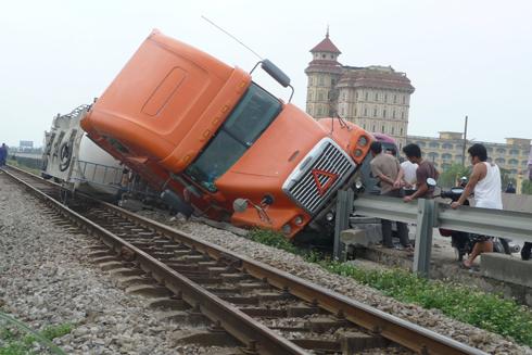 Lạm dụng rượu, bia, nhiều người tử vong vì tai nạn giao thông ảnh 1