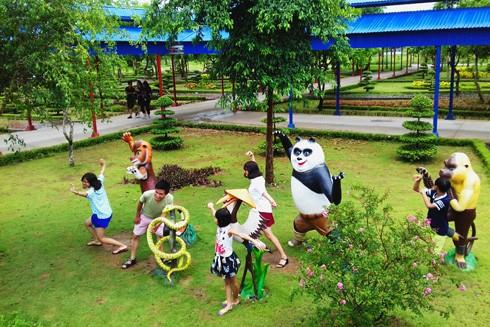 Đã đến lúc Hà Nội cần phát triển nhiều khu vui chơi khác để giảm tải cho Bờ Hồ.