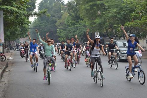 Tham vọng giảm ùn tắc giao thông bằng xe đạp ảnh 1