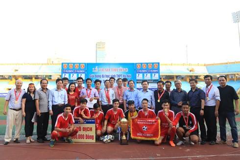 THPT Trần Quốc Tuấn đăng quang 3 lần trên sân Hàng Đẫy ảnh 2