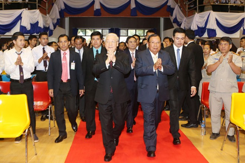 Việt Nam-Lào nhấn mạnh tầm quan trọng của việc duy trì hòa bình ở Biển Đông ảnh 1