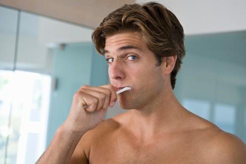 Đàn ông bị nướu răng dễ rối loạn cương dương