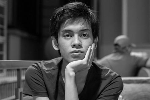 """Huỳnh Trọng Khang - tác giả """"Mộ phần tuổi trẻ"""": """"Tôi chỉ muốn là người viết tử tế"""""""