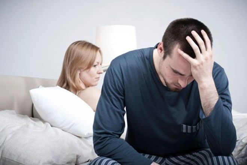 """Người bị bệnh Crohn khó """"yêu"""""""