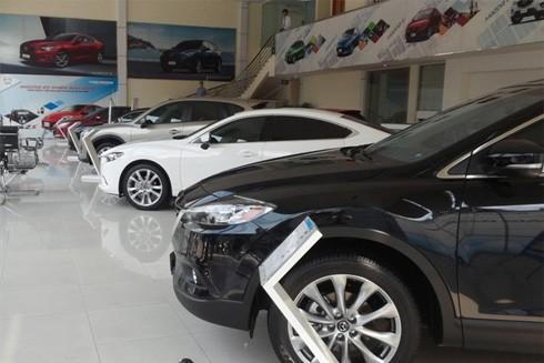 """Ô tô giảm giá """"khủng"""" cuối năm: Nên mua ngay hay chờ? ảnh 1"""