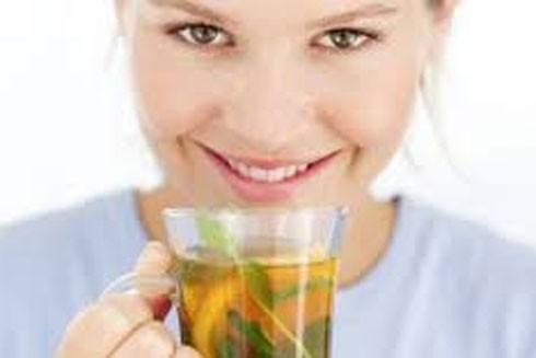 Những lợi ích và cách uống trà an toàn