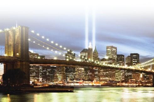 Góc tối sau ánh đèn màu New York