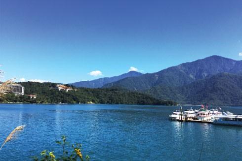 Mãn nhãn với tiên cảnh ở hồ Nhật Nguyệt ảnh 1